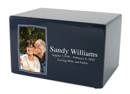 Remembering A Loved One With Personalized Keepsakes