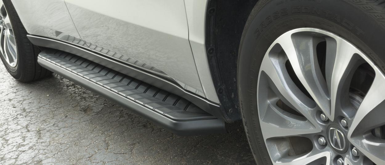 ARIES AeroTread® Stainless Steel SUV Running Boards