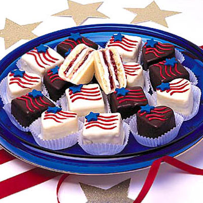 Hearts and Stripes Petits Fours