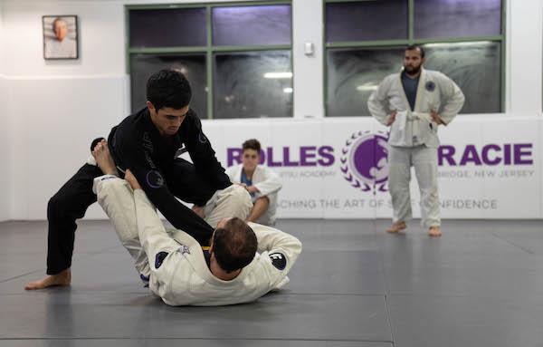Jiu-Jitsu-is-a-Great-Workout-2-Rolles-Gracie-Academy