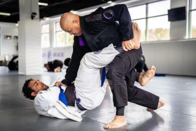 Reasons-Why-You-Should-Consider-Doing-Martial-Arts-2-Rolles-Gracie-Academy