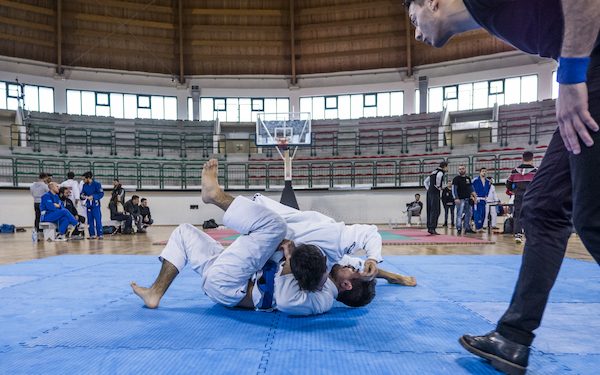5 Ways Brazilian Jiu-Jitsu Helps in Wrestling