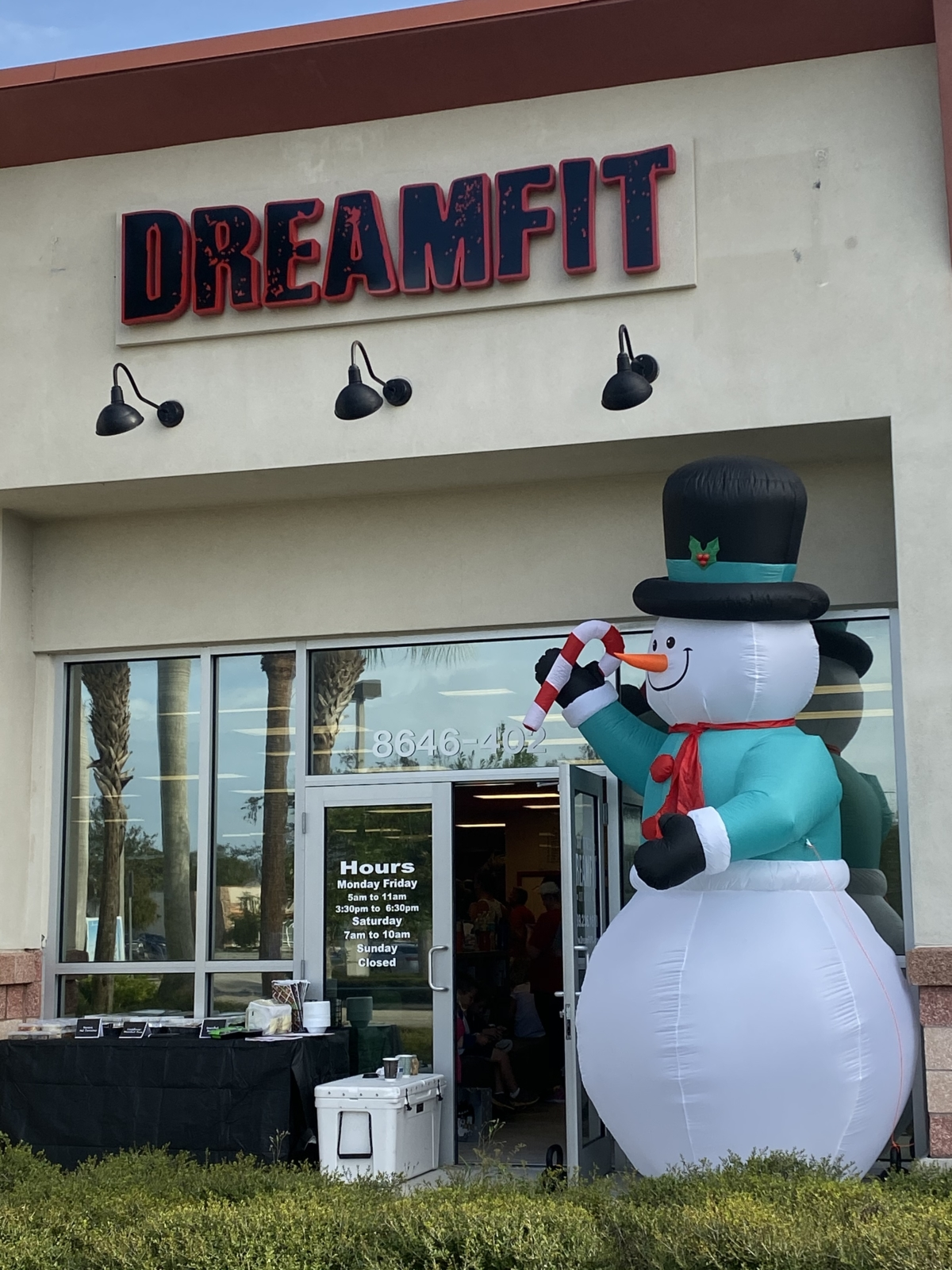 Dream Fit Gives Back!