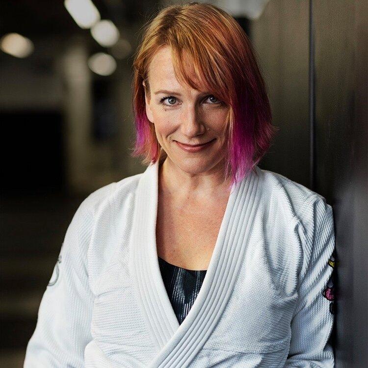 Why Jiu Jitsu?? A women's perspective on the gentle art!