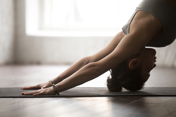 4 Ways that Yoga Complements Your CrossFit Training