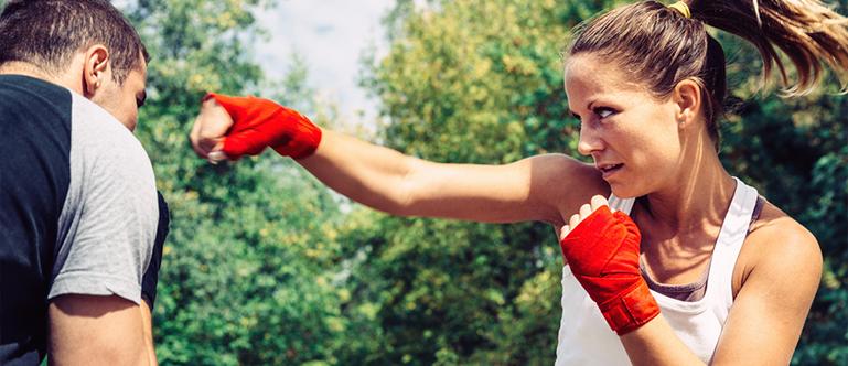 woman boxing outside