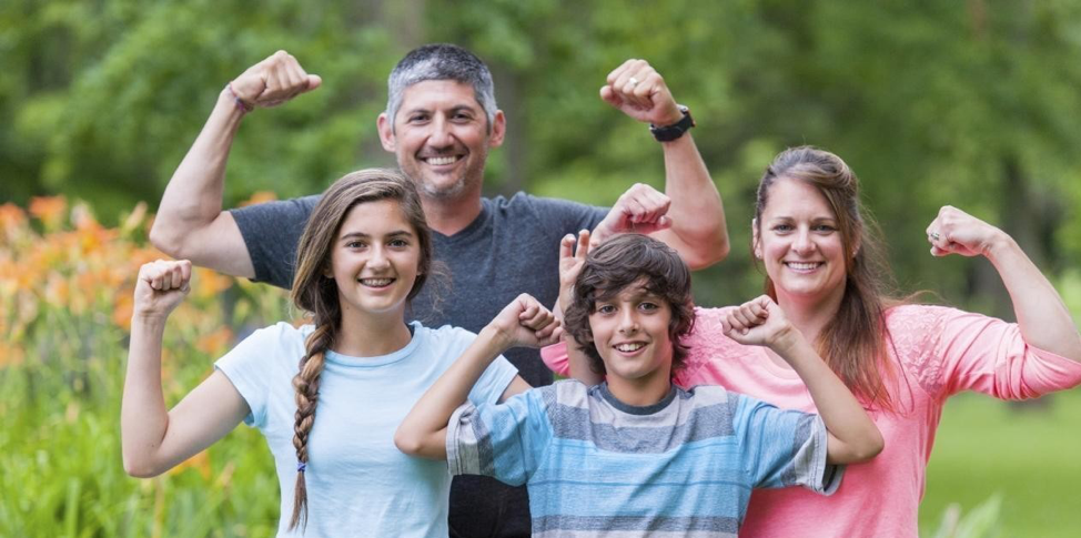 3 CHALLENGING WORKOUTS TO DO WITH YOUR KIDS