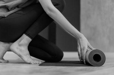 Include-Yoga-in-Your-Jiu-Jitsu-Training-Tracks-BJJ