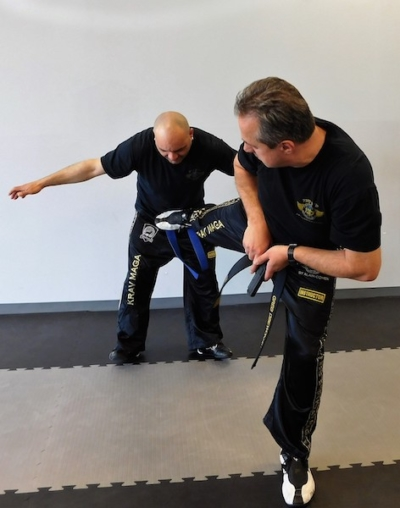 Personal-Safety-Habits-to-Improve-Overall-Health-Performance-Krav-Maga