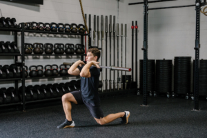Points-of-Performance-The-Front-Rack-Lunge-Demo-2-Rhapsody-Fitness