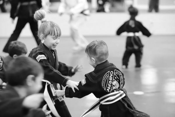 4 Ways to Encourage Your Kids to Stick with Martial Arts