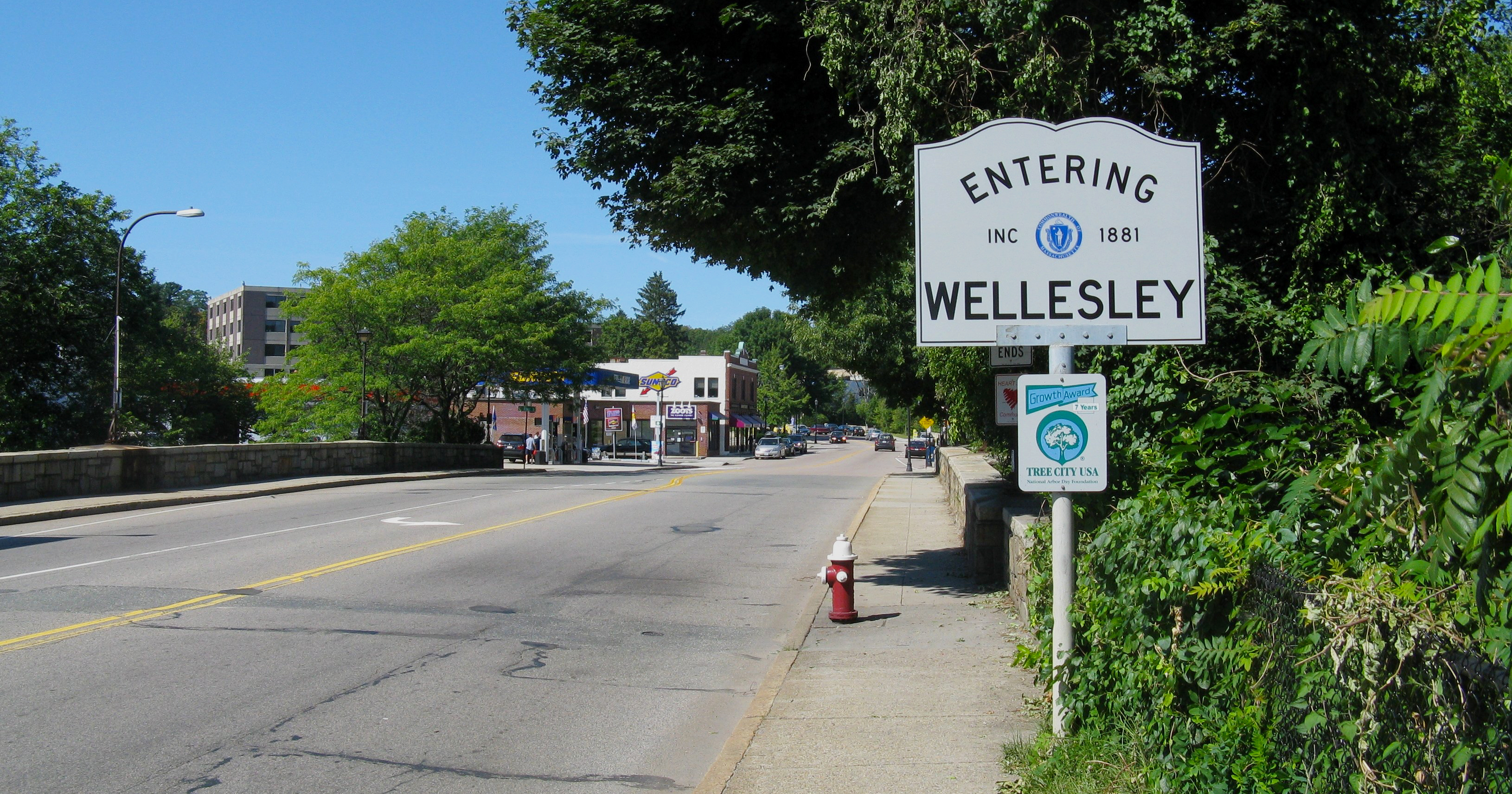 Guide to Wellesley: B/SPOKE Edition