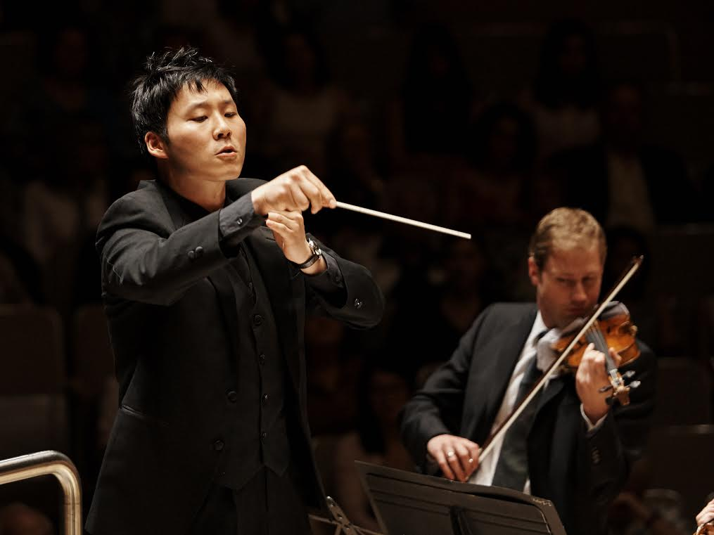 """The conducting (and life) philosophy of Earl Lee, who conducts the TSO's """"Tchaikovsky for the Holidays"""" Nov-Dec/18! featured image"""