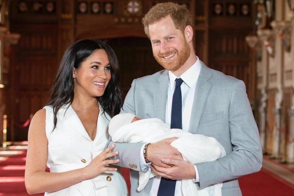 "Zoomer Magazine Celebrates Archie's Birth with ""Royal Baby Edition"" featured image"