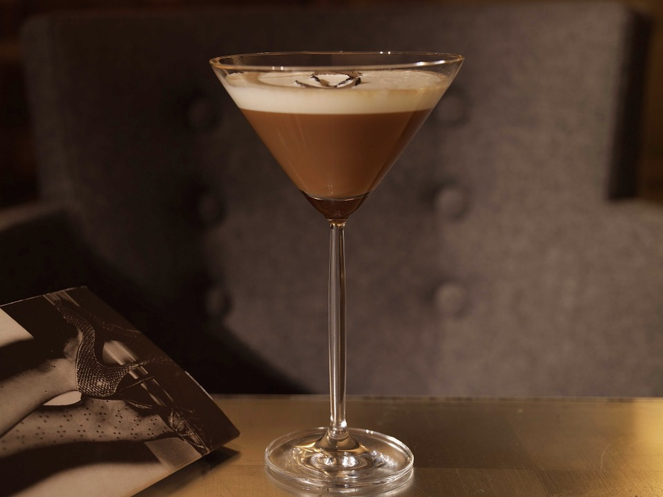 "This Week on ""Dinner Classics"" with Cocktail Maestro Norm Owen: The Coffee Cocktail featured image"