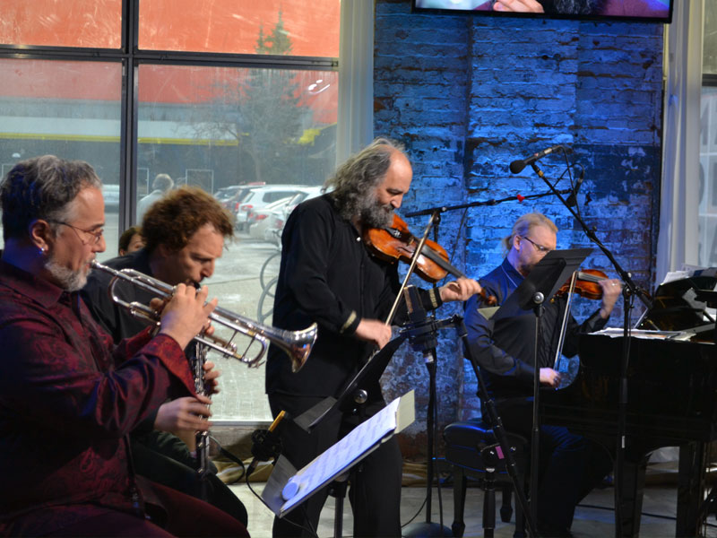 Yiddish Glory Performed LIVE from The New Zoomer Hall