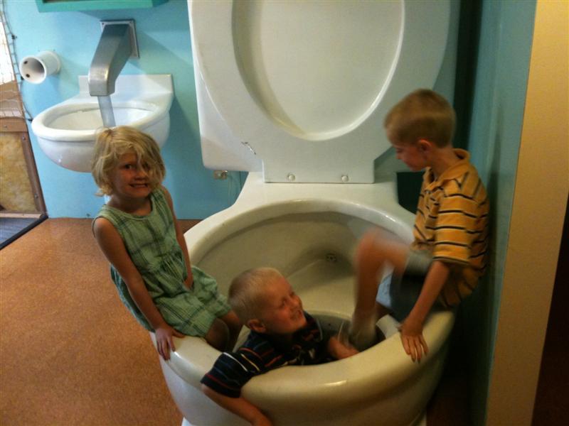 Toilet1-Medium