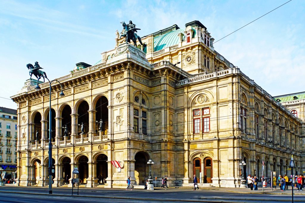 VIENNA STATE OPERA REOPENS featured image