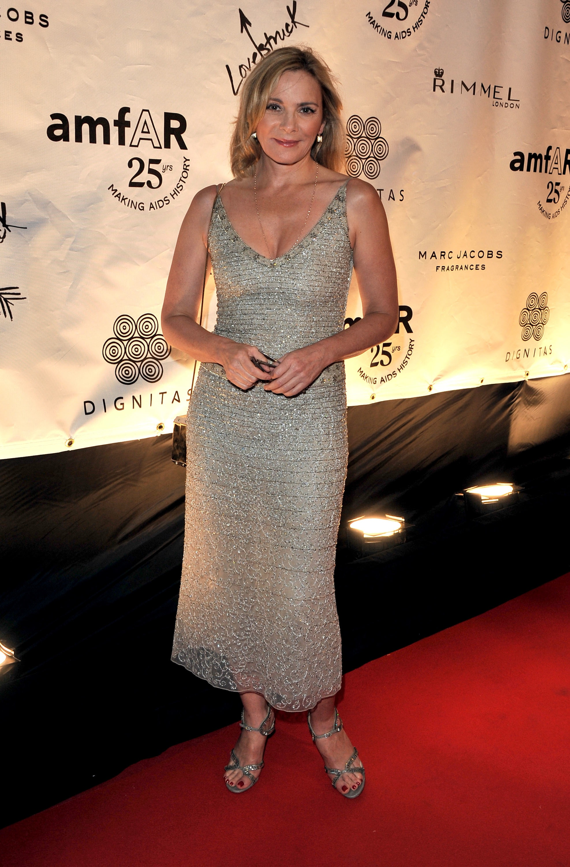 Kim Cattrall Attends Cinema Against Aids Everything Zoomer