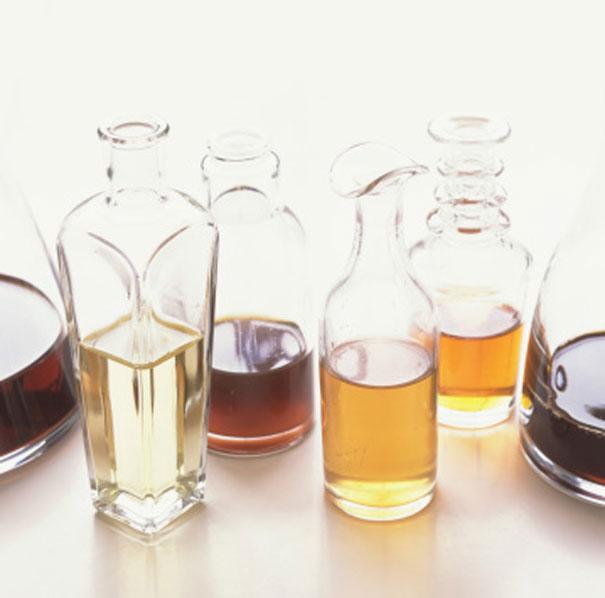 87984214-assortment-of-vinegar-gettyimages