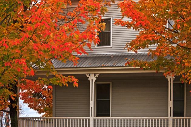 house-autumn