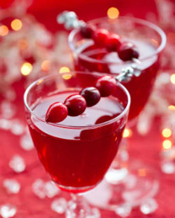 Recipes: 8 Festive Holiday Cocktails