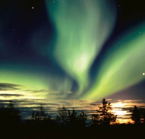 NWT-aurora-sunset