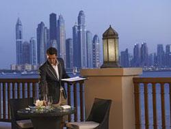 AD_Fairmont-Dubai-dining