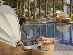 AD_Fairmont-Dubai-pool
