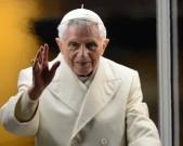 VATICAN-POPE-VESPERS-CRIB-FILES
