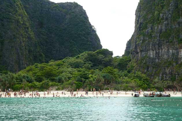 5-PHI-Beach-feature_P1030353