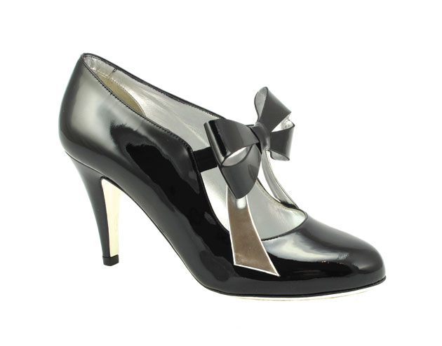 The Mireille pump $375, Ron White and www.ronwhiteshoes.com