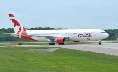 Air-Canada-rouge_767inMTL_343