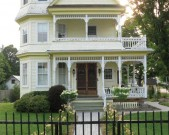 yellow-house_HR-IMG_1026