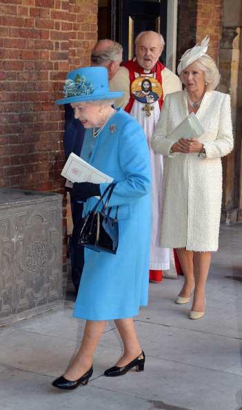 185635925-queen-elizabeth-ii-followed-by-prince-gettyimages