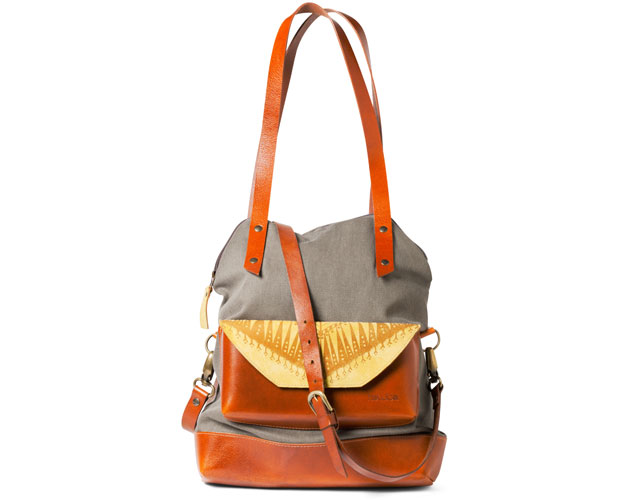 11_S14OOAK_Catherine-Cournoyer-and-Jinny-Levesque-of-Noujica_LargeBag