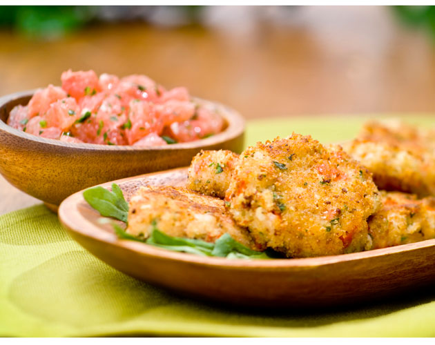 Crab-Cakes-with-Grapefruit-Sauce