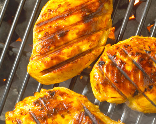 Juicy Grilled Chicken with Sweet Citrus Sauce