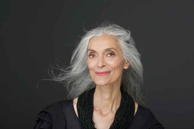 woman-with-grey-hair