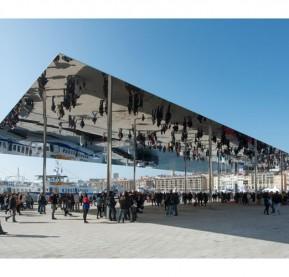 miroir-ombriere-Vieux-Port-Marseille-