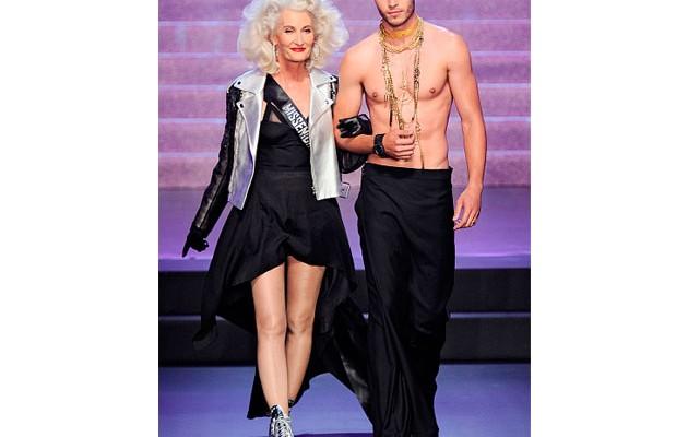 mature-models-runway