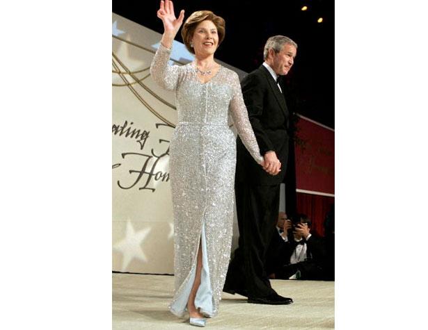 memorable-gowns-laura-bush