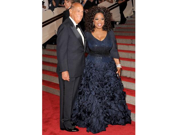 memorable-gowns-oprah-winfrey