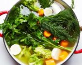 traditional-chicken-soup-matzo-balls