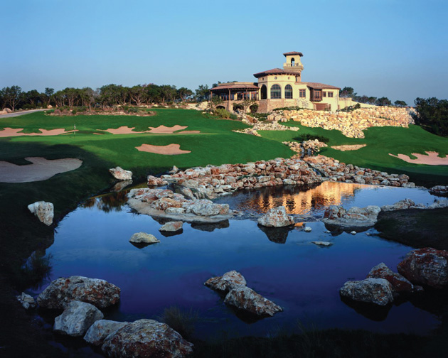 golf-2-HR-Palmer-Clubhouse-and-#18-green