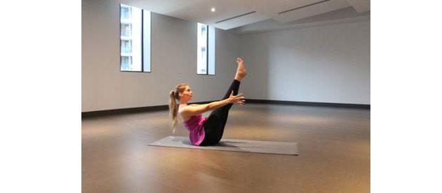 yoga-boat-pose-move