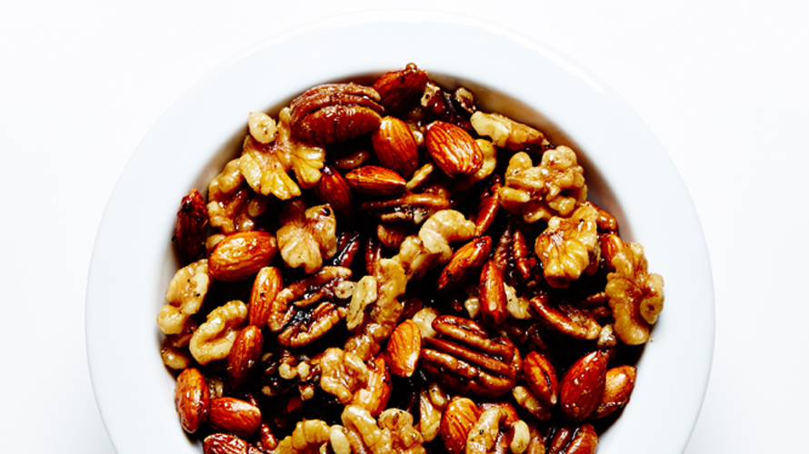 honey-roasted-spiced-nuts