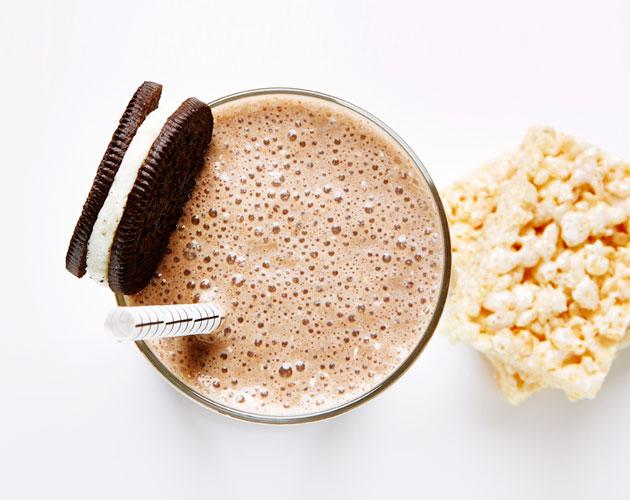 oreo-cookie-rice-krispie-milk-shake
