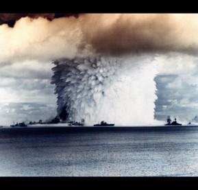 100 SUNS: BAKER 21 Kilotons/Bikini Atoll/1946
