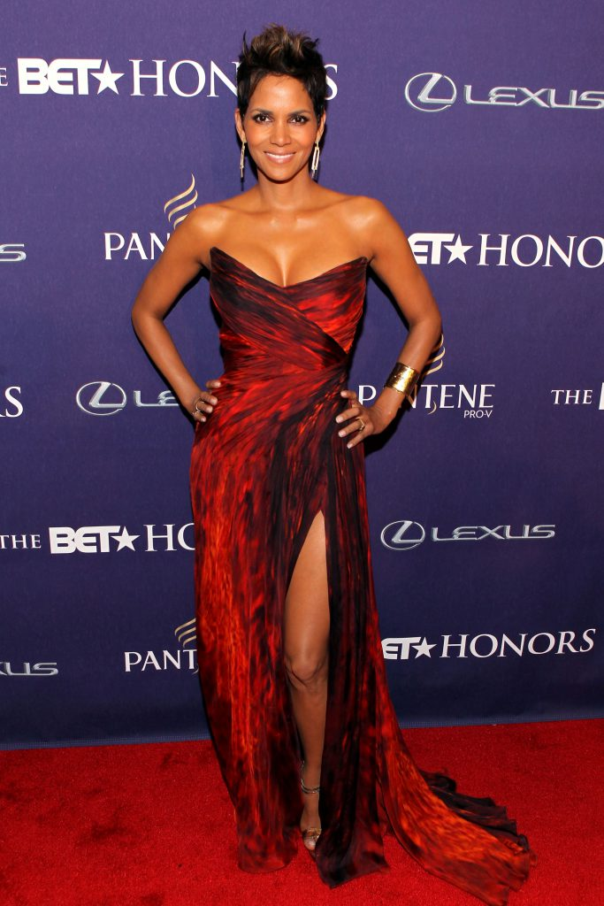 WASHINGTON, DC - JANUARY 12: Halle Berry attends BET Honors 2013: Red Carpet Presented By Pantene at Warner Theatre on January 12, 2013 in Washington, DC. (Photo by Paul Morigi/Getty Images for BET)